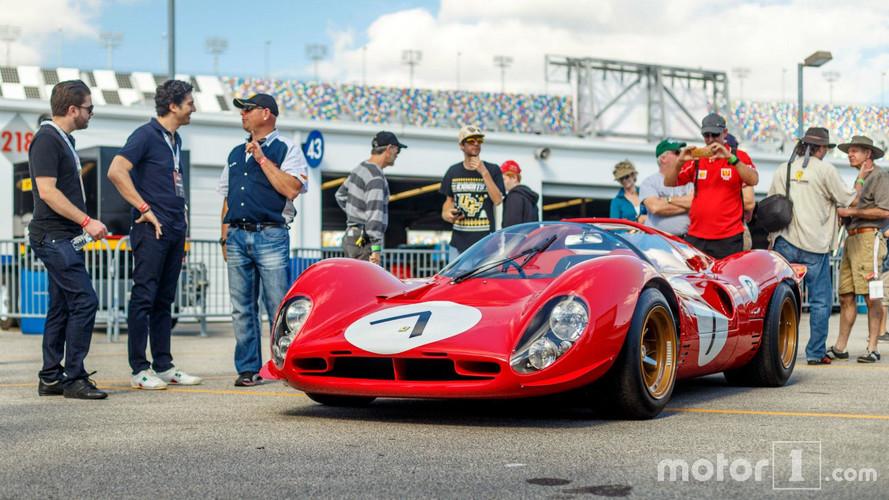 PHOTOS - La Ferrari 330 P4, déesse des pistes dans les années 1960