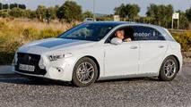 Yeni nesil Mercedes A-Serisi, A45, Sedan casus fotoğrafları