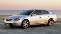 Nissan comemora 20 anos do sedã Altima; modelo chega ao Brasil este mês
