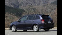 Versão japonesa: Novo Toyota Corolla Axio aparece em primeiras imagens oficiais