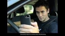 Pesquisa revela que 33% dos jovens fazem selfie enquanto dirigem