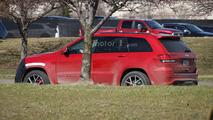 Jeep Grand Cherokee Trackhawk spy photo