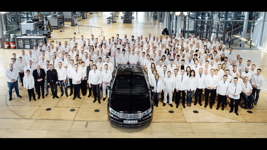 VW Phaeton goes out of production, Transparent Factory to become electromobility showcase