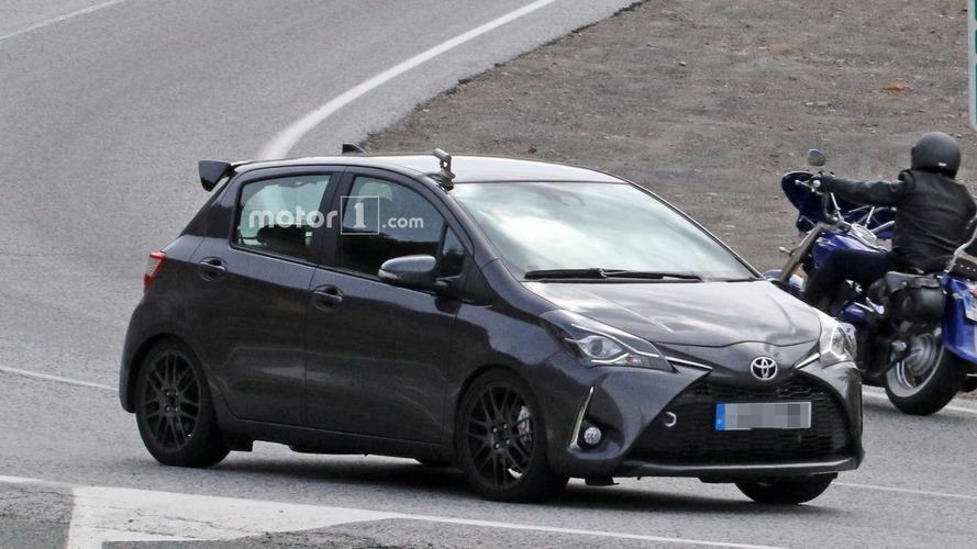 Fotos espía del nuevo Toyota Yaris GRMN de 5 puertas
