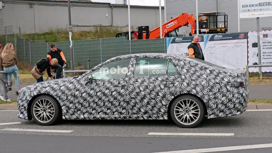 2019 Lexus GS casus fotoğrafları