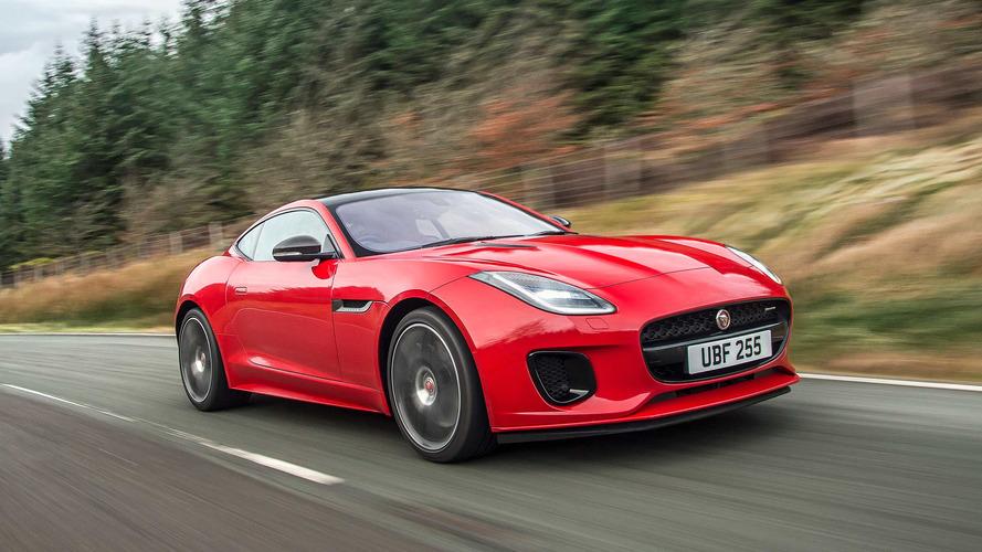 Jaguar F-Type se rende ao motor de 4 cilindros