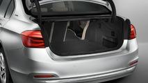 BMW 330e plugs into Frankfurt