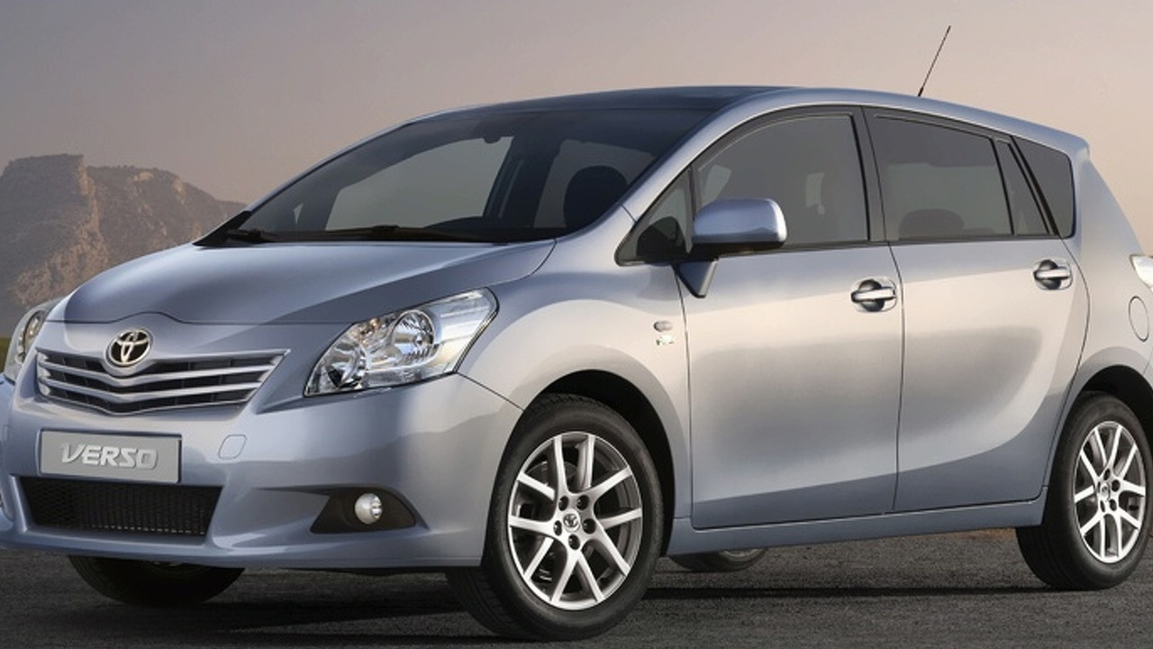 2009 Toyota Verso first photo