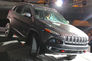 In Person, Cherokee Trailhawk Restores Faith