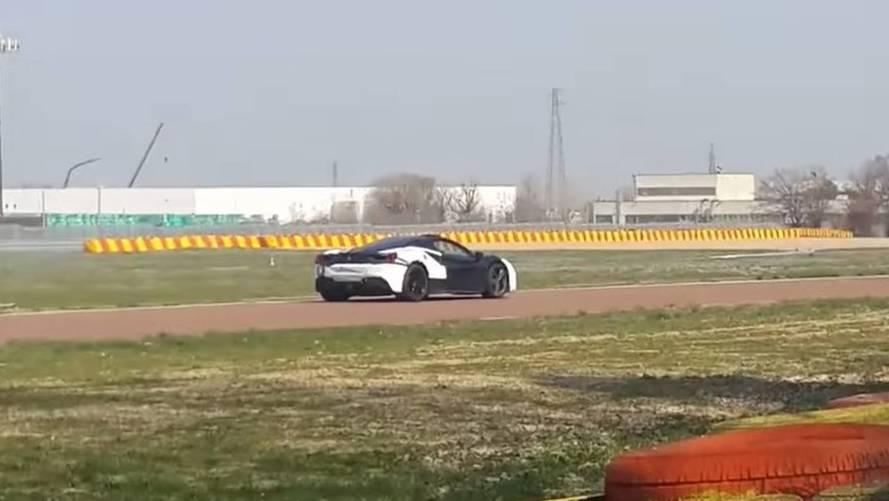 VIDÉO - La Ferrari 488 hybride à Fiorano... sans bruit !