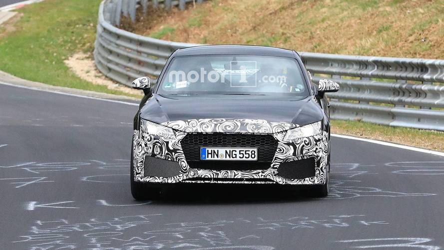 Fotos espía del Audi TTRS restyling