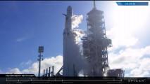 Elon Musk manda una Tesla su Marte: è il primo space-spot automobilistico