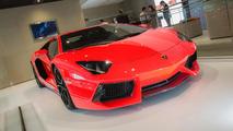 2013 Lamborghini Aventador LP 700-4 live in Paris 27.9.2012