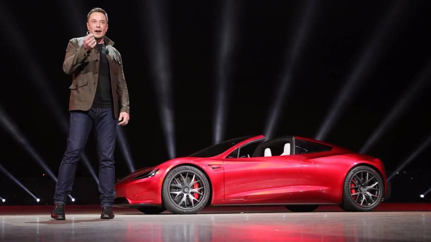 Tesla recrute chez Facebook, Apple et General Motors