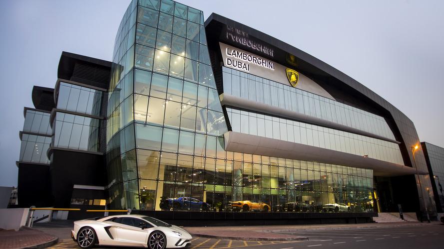 Lamborghini ouvre une gigantesque concession à Dubaï