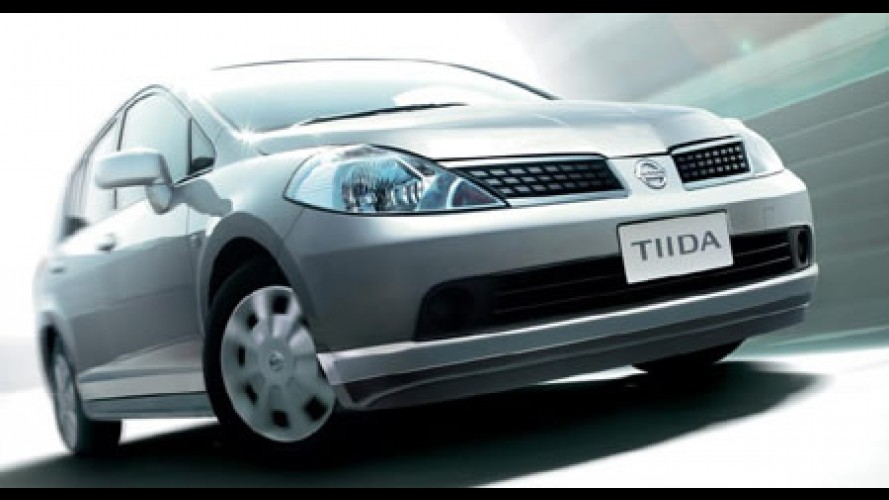 Nissan Tiida - Sucesso no exterior, hatch chega ao Brasil
