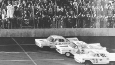 Five Great Races from Daytona 500 History [w/ video]