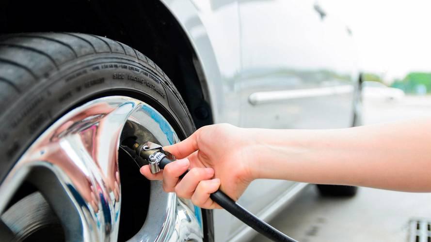 Calibrar os pneus