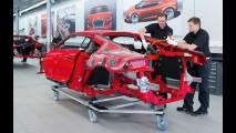 Audi divulga imagens e vídeo da linha de produção do R8 e-Tron