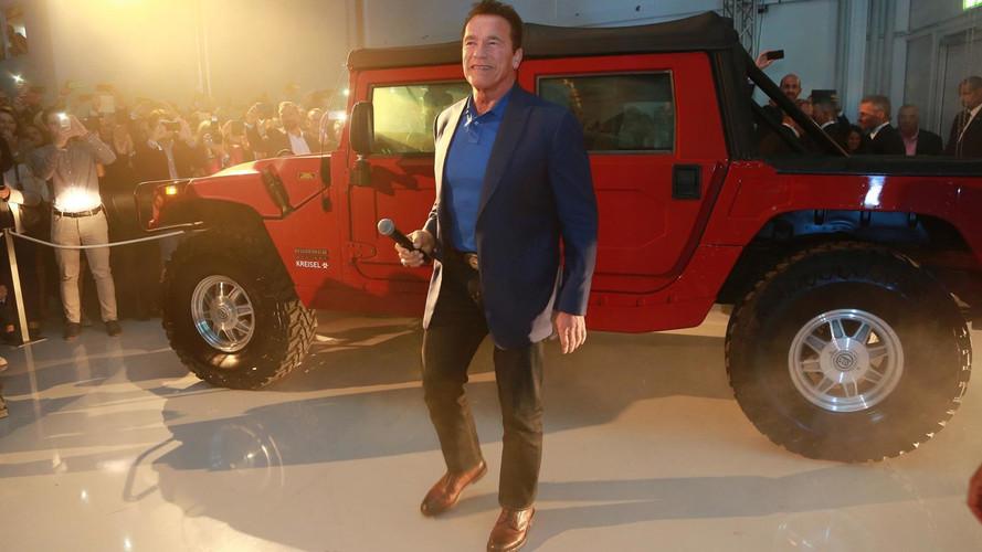 Kreisel Electric Hummer H1 avec Arnold Schwarzenegger