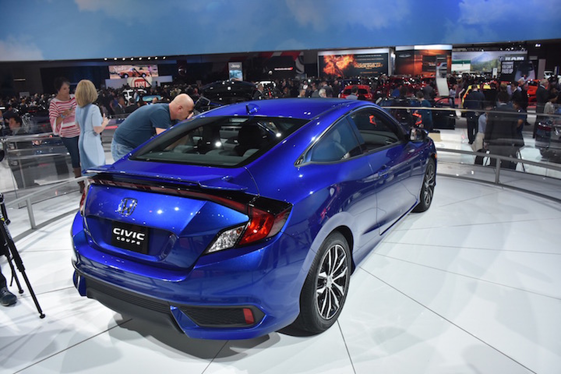 Honda Civic Coupe Bows in Blue at LA Auto Show