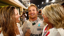 Nico Rosberg, Mercedes AMG F1 celebrates his World Championship with wife Vivian Rosberg and mother Sina Rosberg