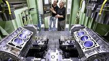 Mercedes-Benz new V6-engine assembly 07.05.2010