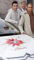 Citroën C4 Arsenal Fans Car & Gael Clichy & Robin Van Persie & Arsene Wenger