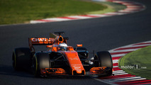 Fernando Alonso y el McLaren MCL32 F1 2017