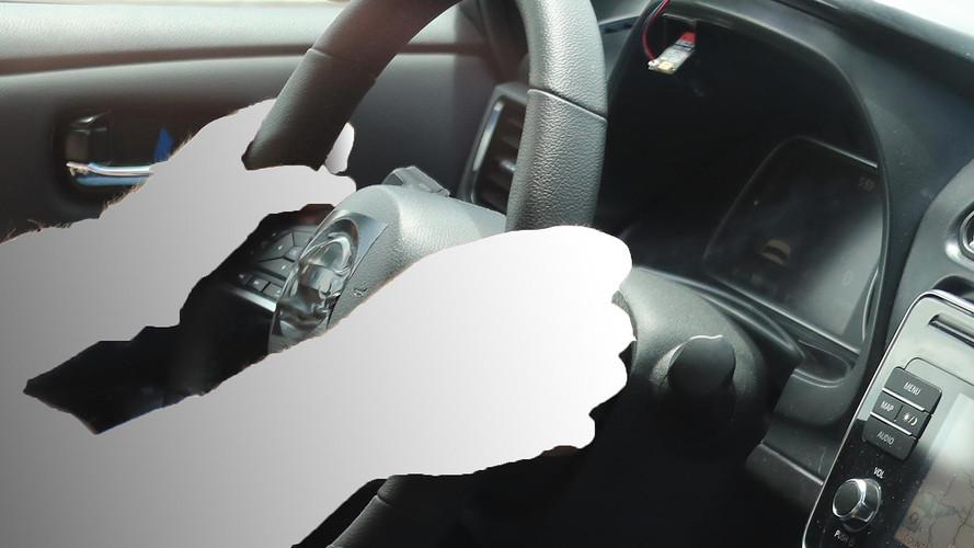 New Nissan Leaf Spied Again, Dash Displays 165 Miles Of Range