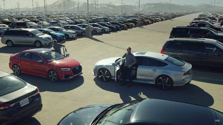 Watch Audi RS3 And RS7 Sportback Race For Last Parking Spot