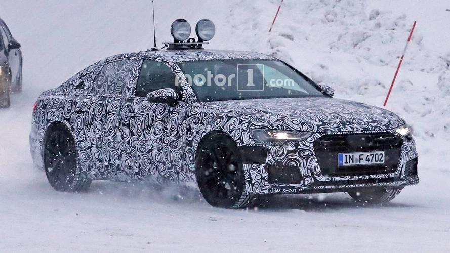 2018 Audi A6 üretime hazır farlarıyla karda yakalandı