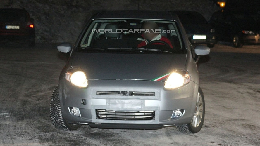 Fiat Grande Punto Facelift 5-door Spy Photos