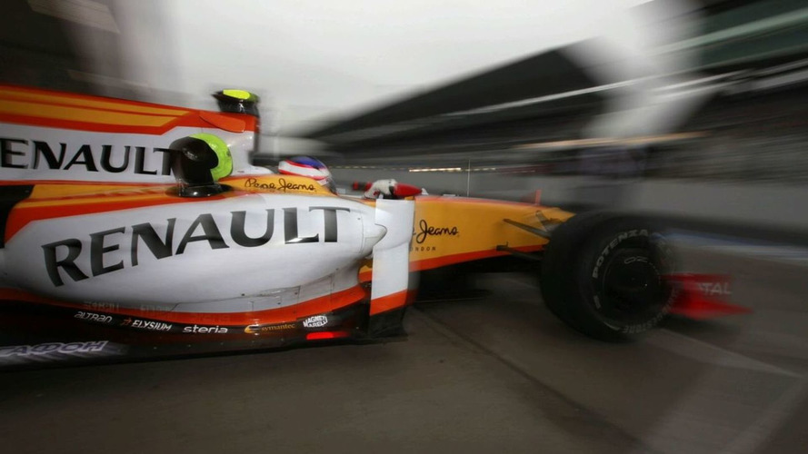 Renault to sell team, stay as engine supplier? - report