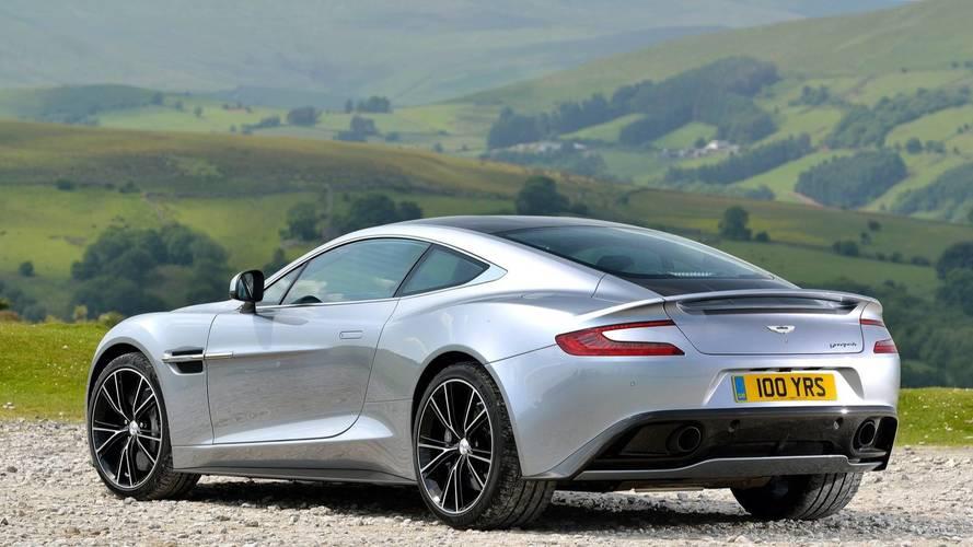L'Aston Martin Vanquish de James Bond sera vendue aux enchères