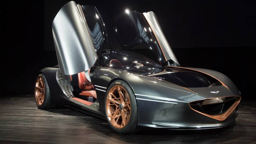 Genesis Essentia Concept Electrifies NY With Its Gorgeous Body