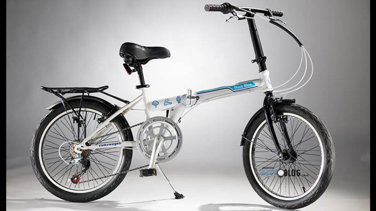 VW premiará compradores do up! na Argentina com bicicleta dobrável