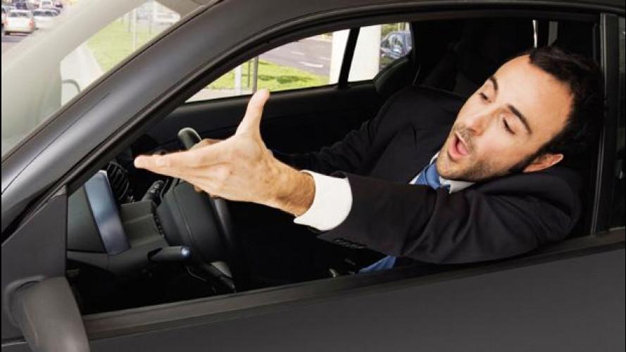 Italiani al volante, ecco i comportamenti peggiori