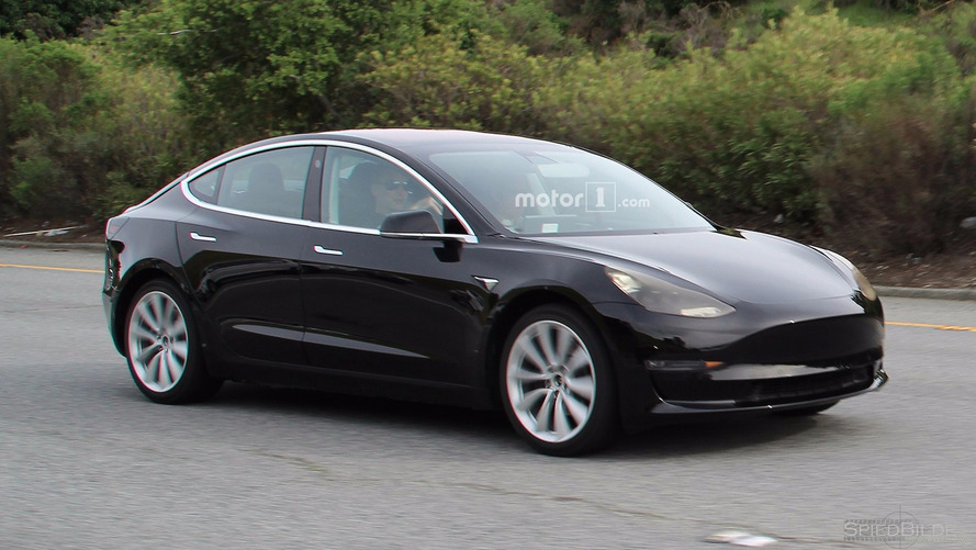 Tesla Model 3 Caught Completely Undisguised, Showing Interior