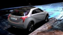 Hyundai Curb