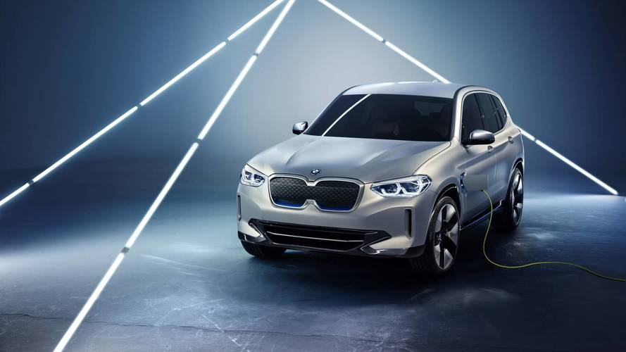Ebből lesz az elektromos X3: BMW iX3 koncepció