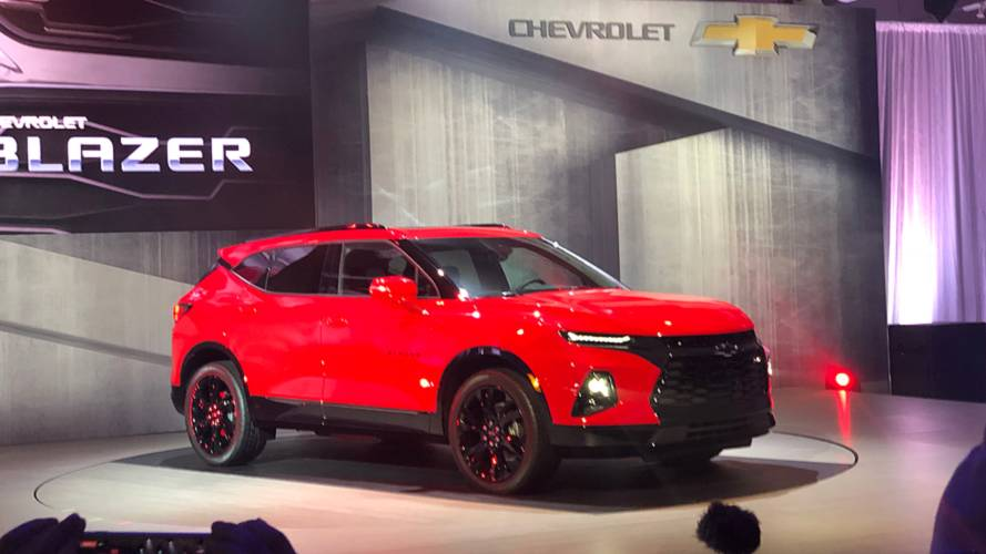 Watch This Video For The Rs Version Of The Chevrolet Blazer 2019