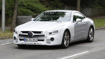 2016 Mercedes-Benz SL facelift spy photo