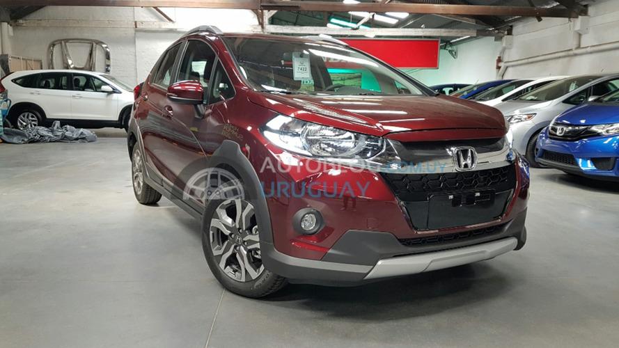 Flagra!  - Honda WR-V tem interior revelado antes do lançamento
