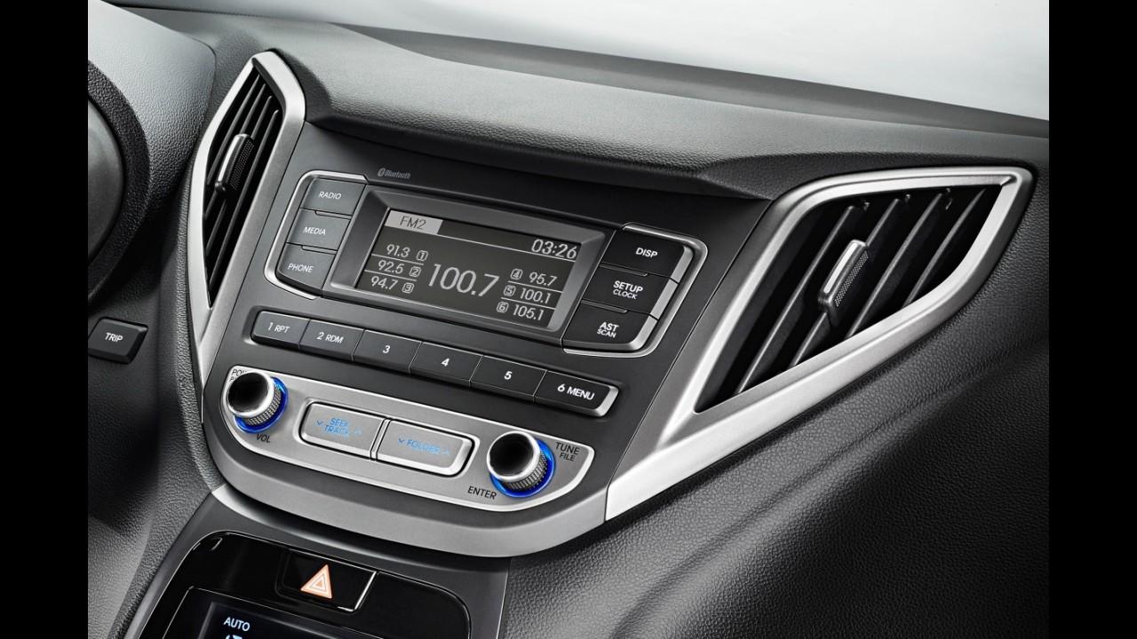 Hyundai HB20S 2016 chega renovado com preço inicial de R$ 46.225