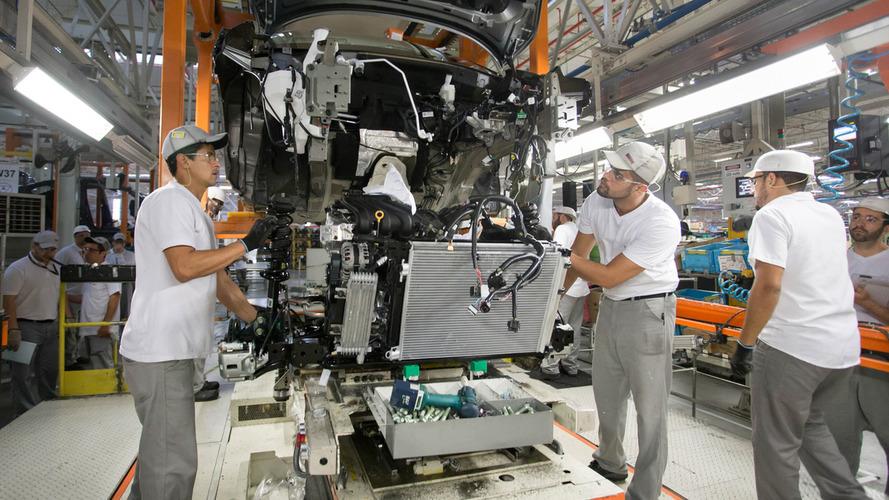 Anfavea - Indústria cresce em produção e exportações em fevereiro