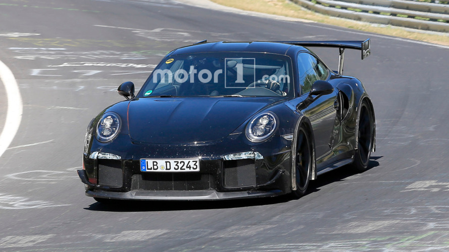 Porsche 911 GT2 yalnızca PDK şanzımanla gelecek