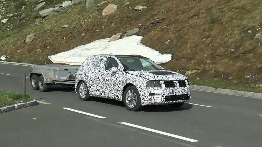 2016 Volkswagen Tiguan spied testing in the mountains [videos]
