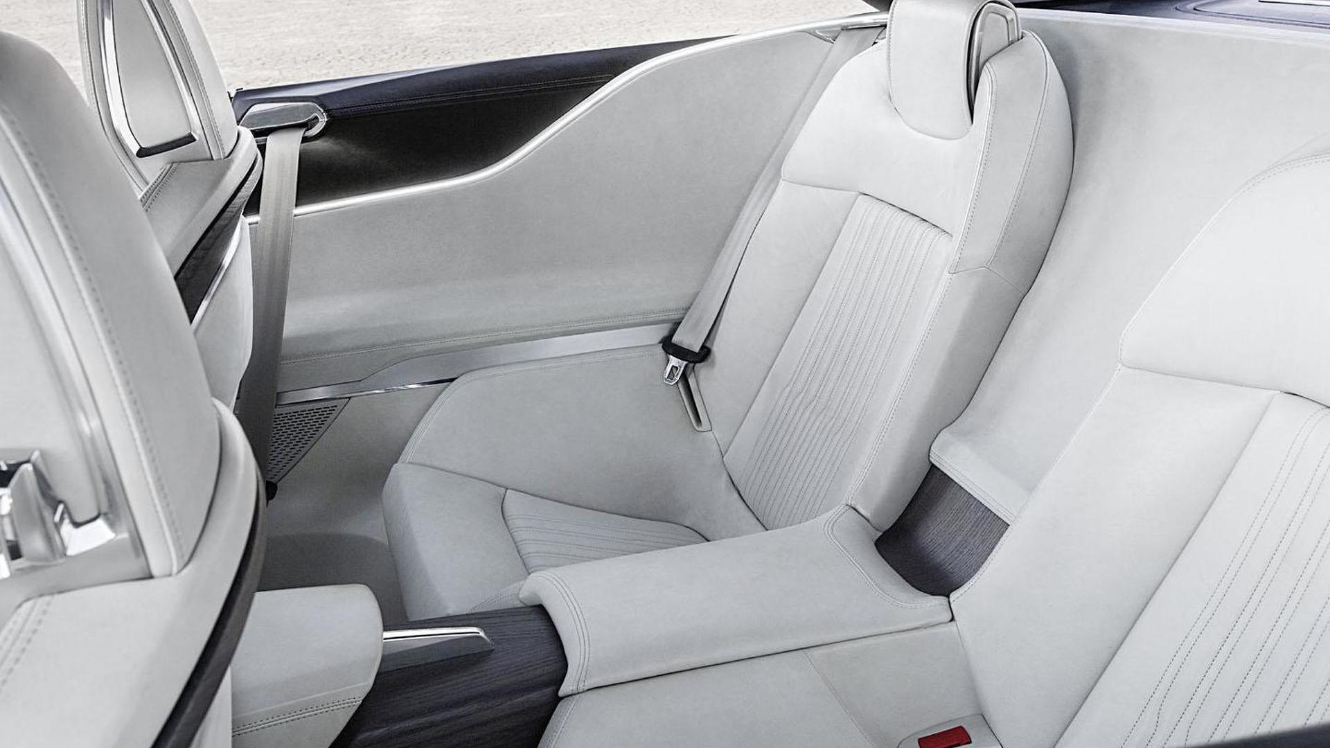 Сиденья с боковой поддержкой Audi Prologue Piloted Driving