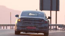 2016 Renault Laguna spy photo